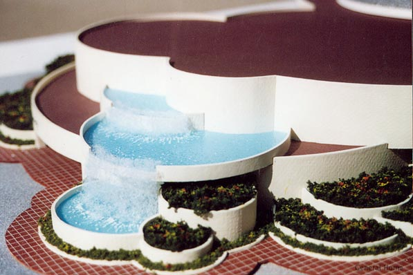 Los Angeles Retail Model Image - Water Fall View